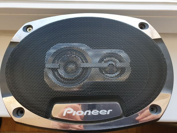 Динамики Pioneer 300w