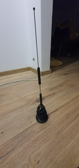 Antena wzmacniacz sygnału do internetu