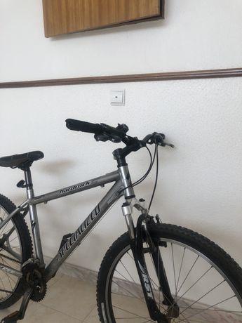 Bicicleta Hardrock Specialized