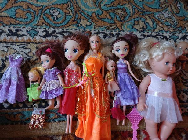 Куклы с платьями