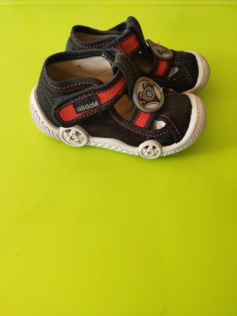 Комнатные, сменная обувь