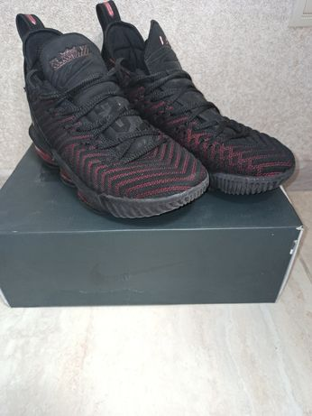 Баскетбольные мужские кроссовки Nike Air Lebrоn 16 Леброн 41 размер 26