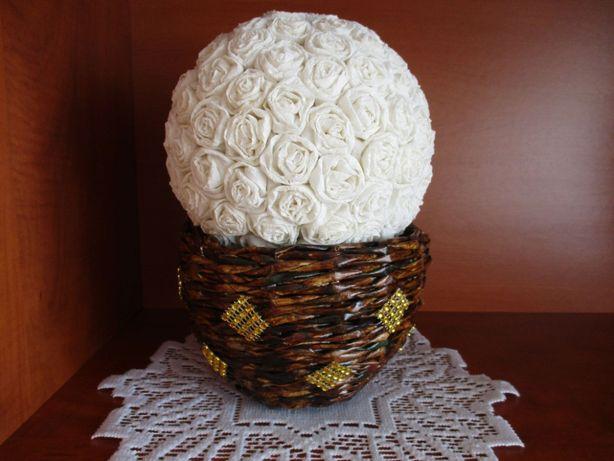 Biała kula w doniczce z wikliny, podziękowania, ślub, ozdoba handmade