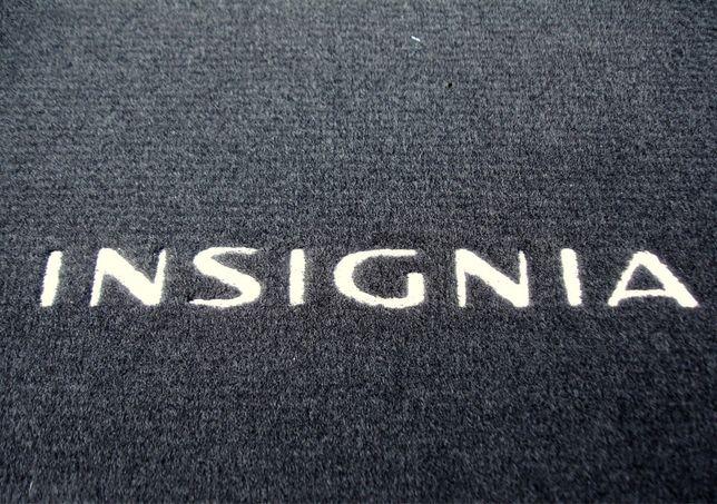 Komplet welurowych Oryginalnych nowych dywaników OPEL INSIGNIA M2014