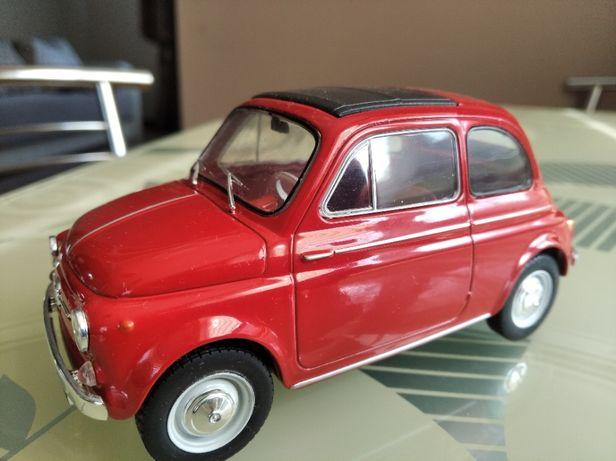 модель 1.24 Fiat 500D