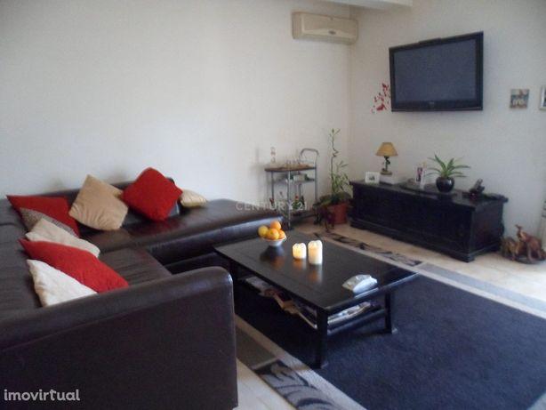 Apartamento T3 87,89 m2