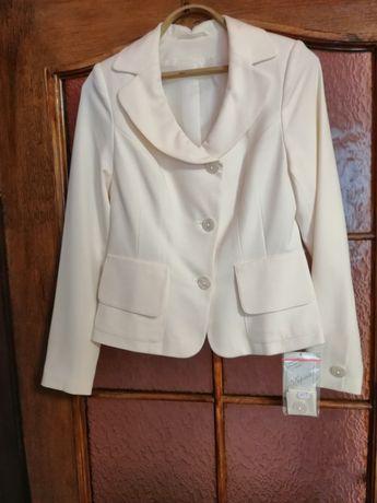 Пиджаки женские размер 42