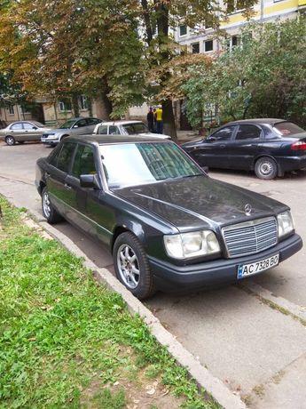 Мерседес E220