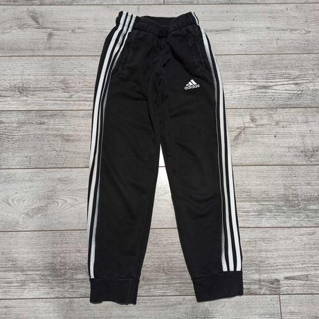 Spodnie dresowe Adidas r. 140