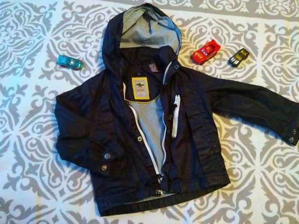 Куртка ,весняна вітровка , 98 ,чорного кольору