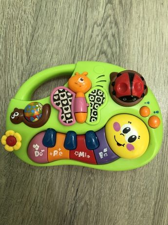 Пианино для самых маленьких Huile toys