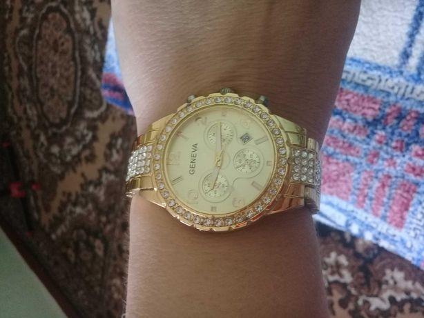 Женский часы