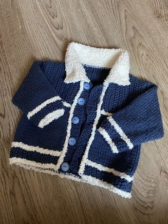 Теплый свитер на мальчика 3-6м