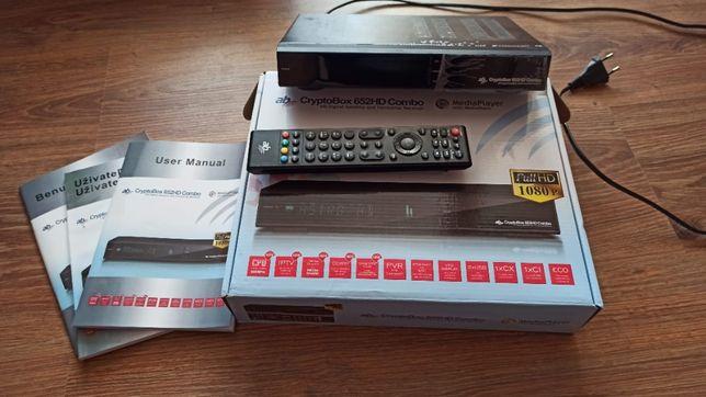 Tuner satelitarny AB CrypyoBox 652HD Combo