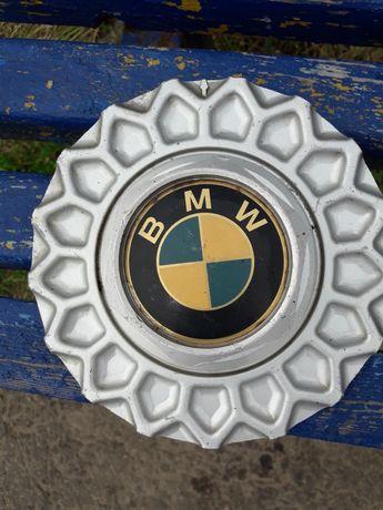 Продам колпачки на диски с BMW