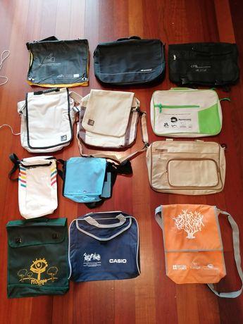 Pastas / mochilas de congressos e outros