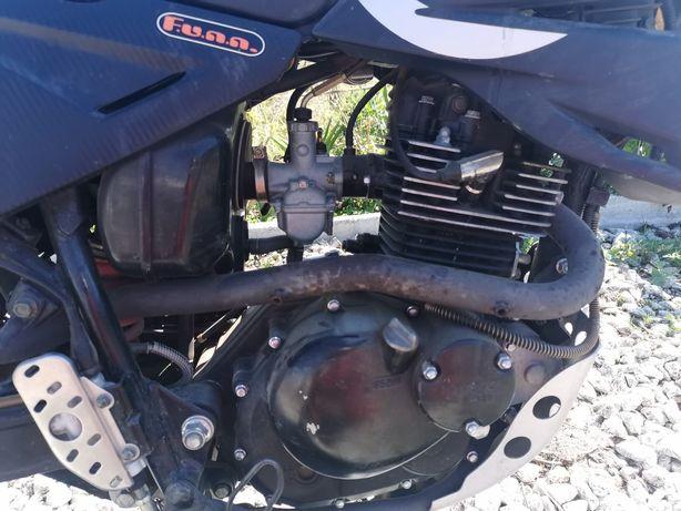 Moto 125cc tiger super motard