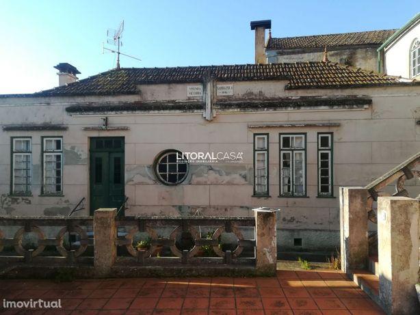 Duas Moradias P/restauro - Sarrazola