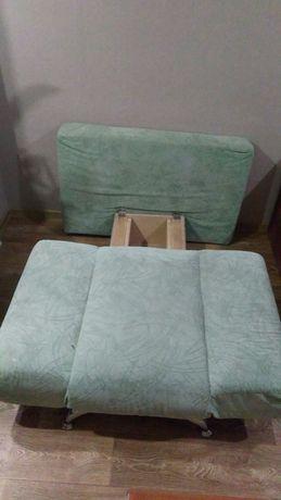 Дитячий диванчик-Ширина - 110 см Висоа-40 см Спальне місце- 140 см