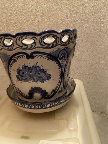 Vaso de faiança antigo