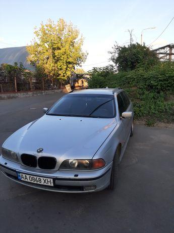 Продам автомобиль BMW e39 в хорошем состоянии