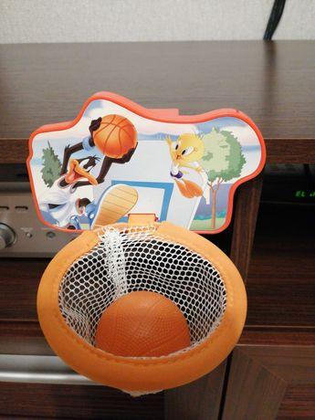 Gra zręcznościowa koszykówka, do zawieszenia na półce, szafce itp.