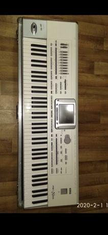 Продаю синтезатор KORG PA 2X PRO в идеальном состоянии