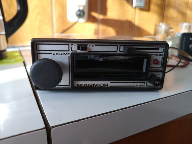 Sprzedam odtwarzacz taśm kasetowych samochodowe Magmor