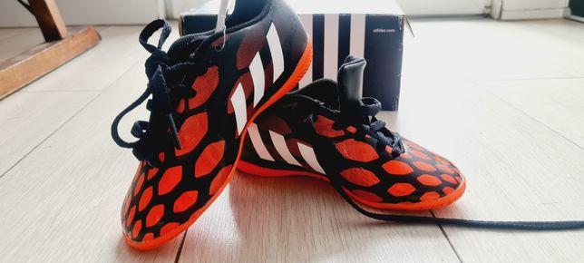 Halówki Adidas nowe rozmiar 28