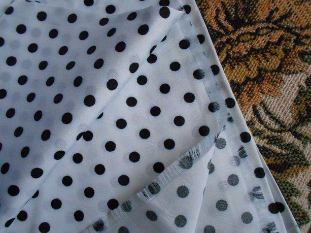 Ткань ацетатный шелк белый в горошек времен СССР