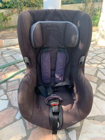 Cadeira Bebé Confort Axiss - Giratória - Impecél