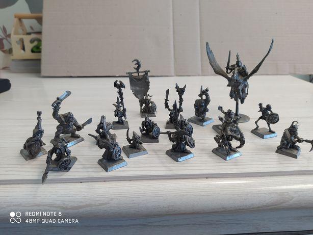 Продам статуэтки мифических героев