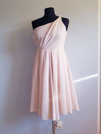 Sukienka pudrowy róż na jedno ramie asymatryczna z koła zwiewna rozm.