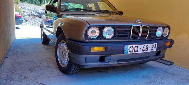 BMW E30 316i sedan