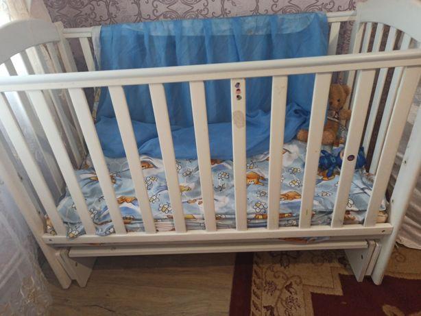 Дитяча кроватка Veresh
