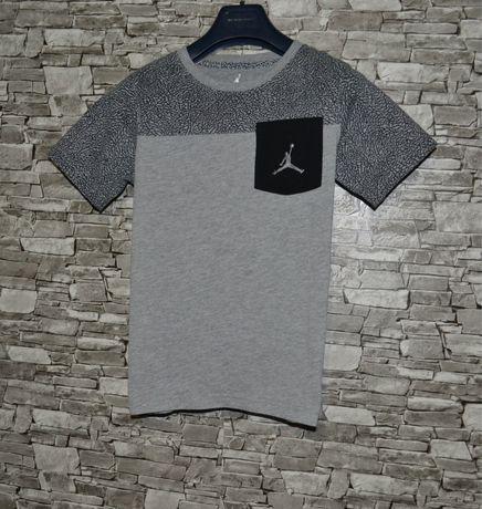 Крутая оригинальная футболка на подростка Jordan x Nike