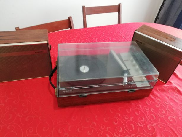 Gira discos Philips antigo + vinis
