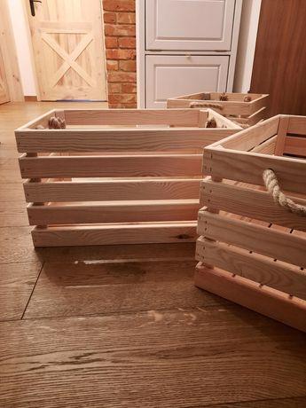 Skrzynka drewniana duża