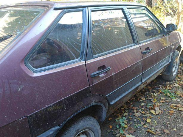 Автомобіль ВАЗ 21093