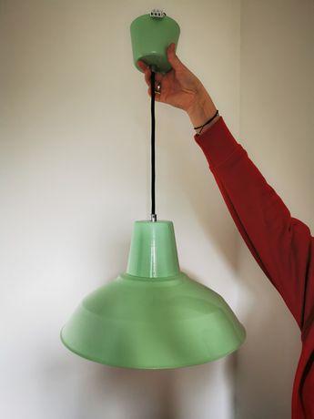 Lampa wisząca miętową zielona seledynowa do pokoju salonu lazienki