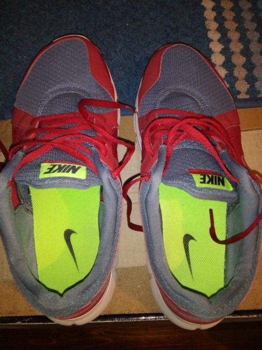 Sapatilhas Nike em óptimo estado usadas 44 muito grande mais para o 45 Campanhã - imagem 1