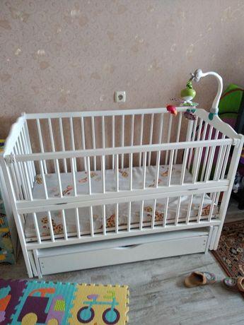 Детская кроватка радуга