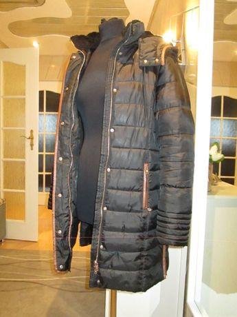 Płaszcz czarny , Futerko sztuczne