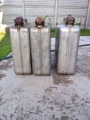 Алюминиевые канистры 10 и 20 литровые.