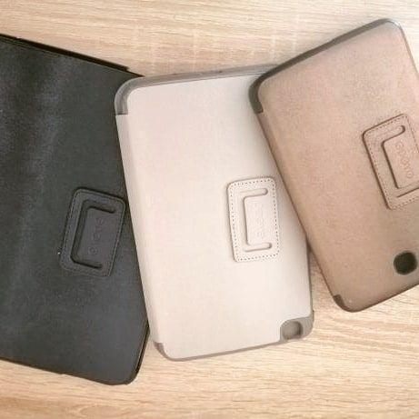 Защитные книжки на планшеты Samsung