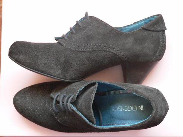 Sapatos de Salto Camurça (Como Novas)