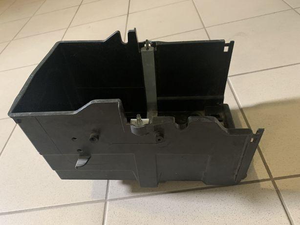 Ford focus kuga escape корпус аккумулятора