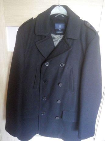 Черное мужское полу пальто TU полушерсть с утеплителем