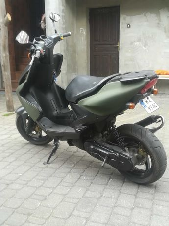 Skuter Yamaha aerox