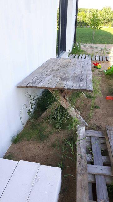 Stół  budowlany  drewniany